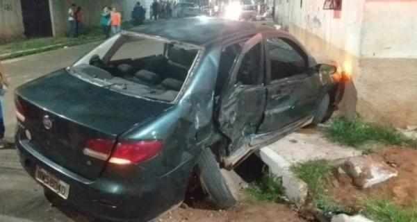Acidente na Vila Lobão deixa uma pessoa morta e outras feridas