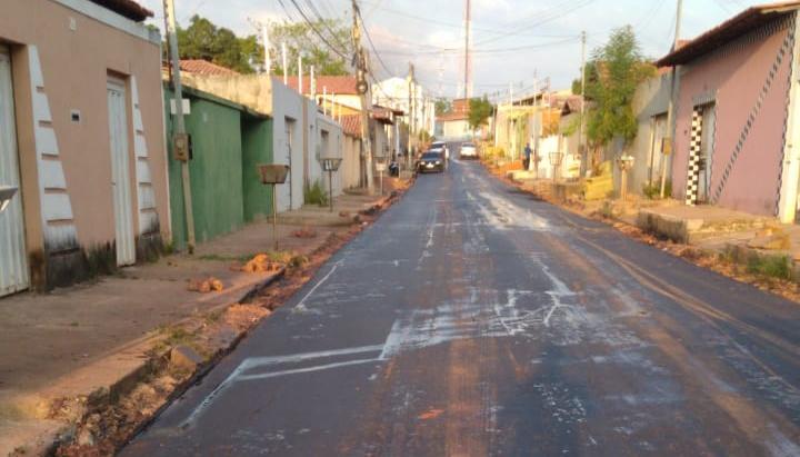 Ruas do Conjunto Vitória recebe afaltamento pelo Governo Bolsonaro (Foto: Divulgação/Redes Sociais)