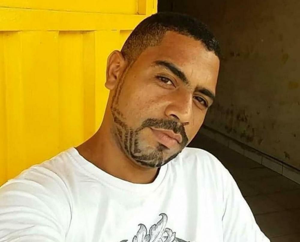 Rayfran Nunes de 31 anos foi encontrado morto dentro do freezer (Foto: Divulgação/Redes Sociais)