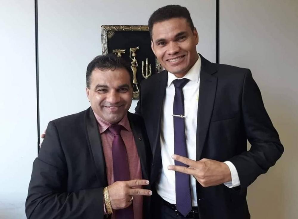Deputado federal Josimar Maranhãozinho com o vereador Alex Silva (Foto: Divulgação/Instagram)