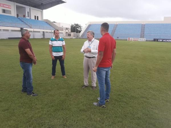 O Inspetor Osmar Delboni Júnior considerou que o estádio está dentro dos padrões exigidos pela CBF/FIFA (Foto: Divulgação/Dema de Oliveira)